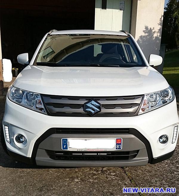 Белая Suzuki Vitara - vitara50.jpg