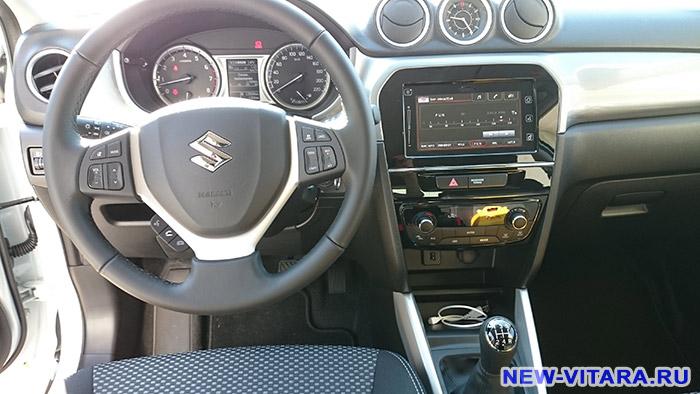 Руль и передняя панель Suzuki Vitara - vitara55.jpg
