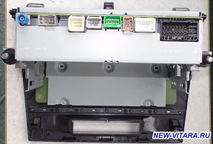 Штатная магнитола, ее функции, возможности и звучание - Bosch-back.jpg